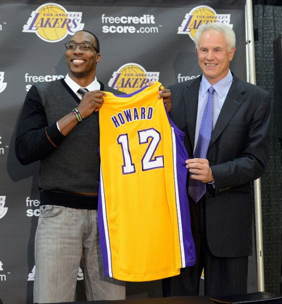 Fichajes NBA 2012/13 Diwght-Howard-rueda-prensa-Lakers
