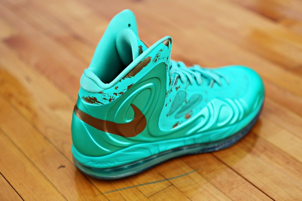 Nike Hyperposite Statue of Liberty 2