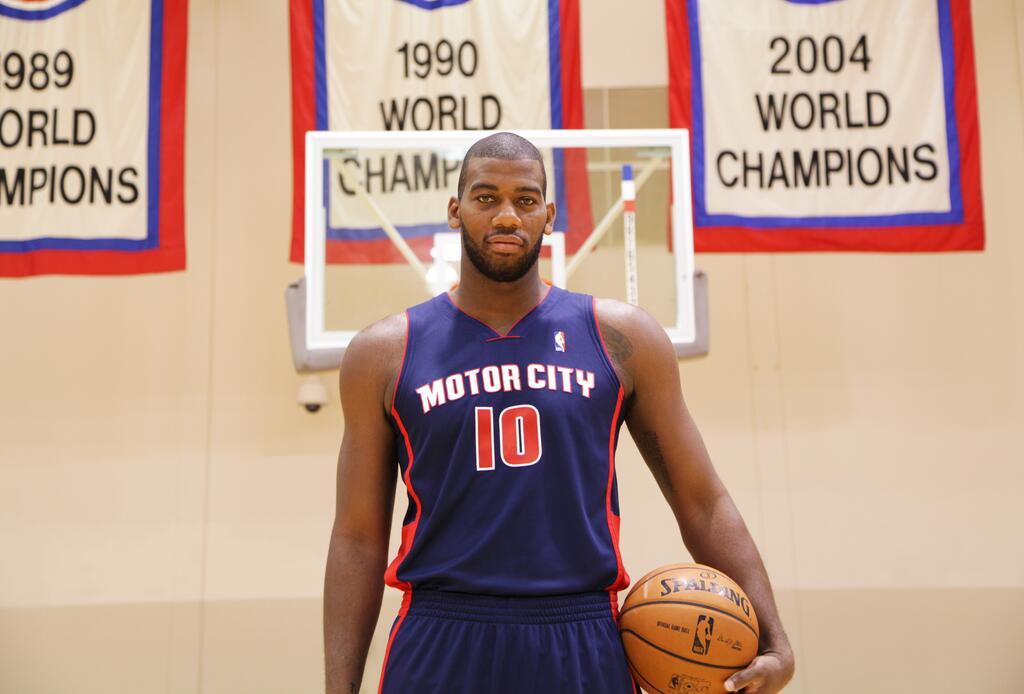 Camiseta Motor City Pistons
