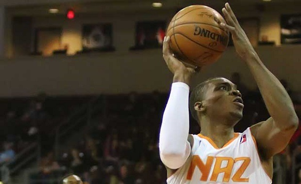 Elijah Millsap firma un contrato multianual con los Suns